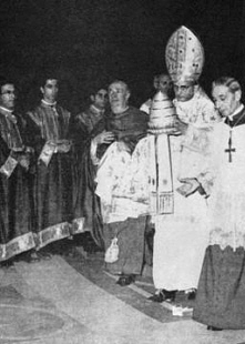 Marrano and Communist Infiltrator, Anti-Pope Paul 6, smashing the Sacred Papal Tiara